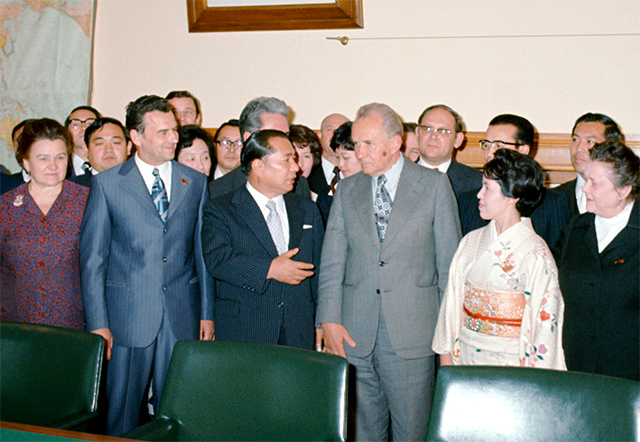 Ikeda and his wife meets with Kosygin at the Kremlin during his second visit to USSR-May 1975